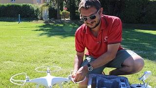 Walliser Flugschule will das Image von Drohnen verbessern