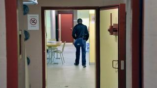 Zürich testet neues Asyl-Konzept und spart Geld