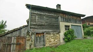 700-jähriges Holzhaus in Steinen «provisorisch gerettet»