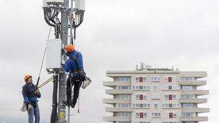Bunter Protest gegen Handy-Antennen