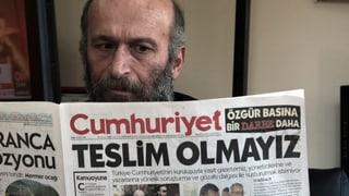Acziun cunter «Cumhuriyet» - U.S.A. ed UE crititgeschan Tirchia
