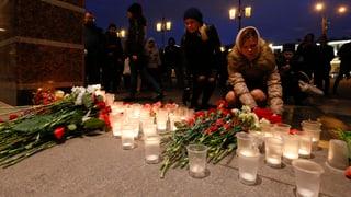 St. Petersburg è paralisà dal terrur