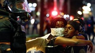 Charlotte erlebt eine weitere Nacht der Gewalt