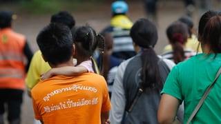 En Tailanda èn ils emprims quatter uffants spendrads