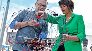 Schweiz will Land der Drohnen bleiben