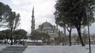 Die arabische Welt von Schnee bedeckt