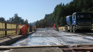 Mehr Tempo beim Strassenbau