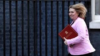 Blamage für die britische Nordirlandministerin