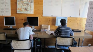 Bündner Parlament will bessere Betreuung für UMAs