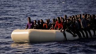 Italienische Küstenwache rettet über 1000 Flüchtlinge