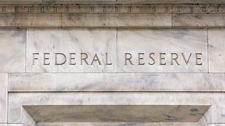 Fed drosselt Geldzufuhr weiter