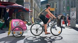 Velo: Neue Regeln auf Einbahnstrassen, Velowegen und in Kreiseln