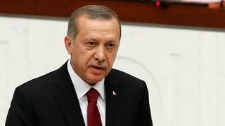 Erdogan vereidigt – von der Opposition hagelt es Kritik