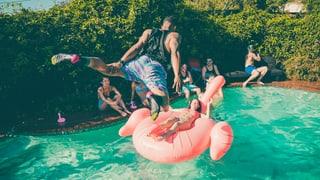 Mit diesen Hacks wird deine Sommerparty zum vollen Erfolg