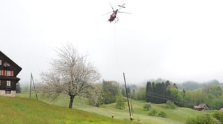 Neue Stromleitung wegen Hangrutsch