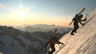 Video «Mit Skiern das Schreckhorn runter» abspielen