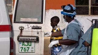 Erst ebolafrei, dann neue Infektion