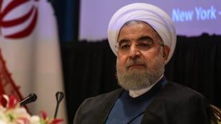 Der iranische Präsident Hassan Rohani hat einen Ausbau der militärischen Kapazitäten und des Raketenprogramms seines Landes angekündigt.
