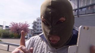 Dubioser Autovermieter rastet vor laufender Kamera aus (Artikel enthält Video)