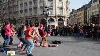 Lille - ina citad fitg viva (Artitgel cuntegn video)