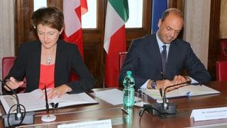 Schweiz und Italien sagen Schleppern den Kampf an