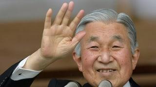 Japans Kaiser Akihito räumt den Thron