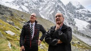 Bundesrat Parmelin besucht Bondo