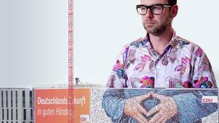 #Merkelraute: Ein Wahlplakat wird zum Internet-Hype