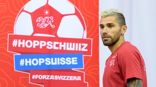 Behrami en in club da legendas