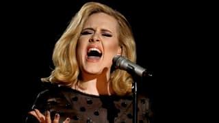 Adele tauscht Bühne mit Vorlesungssaal