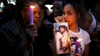 Freunde und Familie nehmen Abschied von Prince