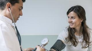 Arztdiplome aus Nicht-EU-Ländern – gut genug für die Schweiz?