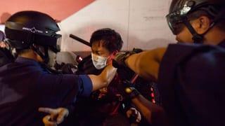 Gründer der Demokratiebewegung wollen sich der Polizei stellen