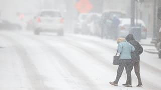 Schnee richtet im Süden der USA grosses Chaos an