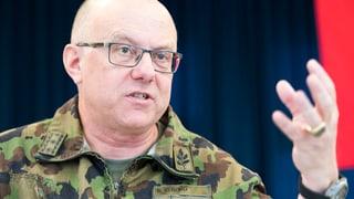 Armeechef fordert mehr Geld und mehr Rekruten