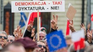 Tausende demonstrieren gegen «rechtloses Polen»