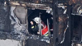Zwölf Menschen sterben im Flammeninferno