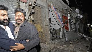 Dutzende Tote bei Anschlägen auf Schiiten in Pakistan