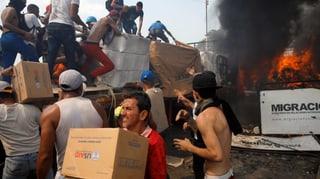 Tote und Verletzte an den Grenzen zu Venezuela (Artikel enthält Video)