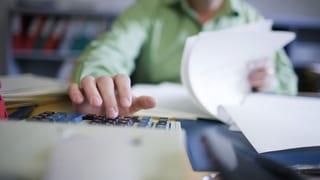 Verrechnungssteuer: Wahl zwischen Abzug und Meldung an Behörde