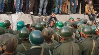 Mursi ruft Armee zu Hilfe