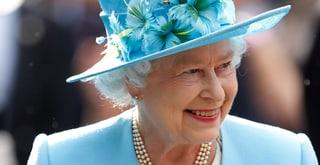 Praktikum bei der Queen gefällig?
