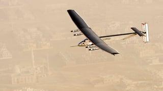 «Solar Impulse 2» zur Weltumrundung gestartet