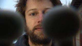 Video «Der Musiker Julian Sartorius macht sich die Welt zum Schlagzeug » abspielen