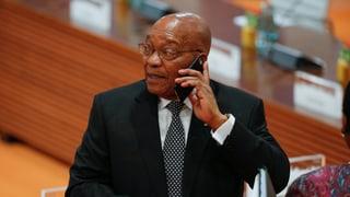 Zuma habe sein Land zu einem Selbstbedienungsladen voller Korruption und Vetternwirtschaft gemacht, sagt Schriftsteller Niq Mhlongo.