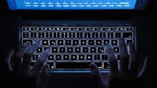 Journalist Otto Hostettler war zwei Jahre im Darknet unterwegs. Er beklagt mangelnde Aktivität der Strafverfolgungsbehörden.