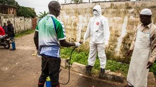 Schon fast 3000 Ebola-Tote: Neue Quarantäne in Sierra Leone