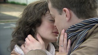 Video «Flirt English: Tantrums and Time-outs (4/6)» abspielen