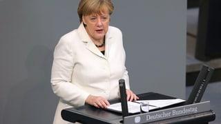 Wie dem Kreml begegnen? Merkel fährt Doppelstrategie