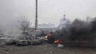 Separatisten bekennen sich zu Raketenangriff in Mariupol